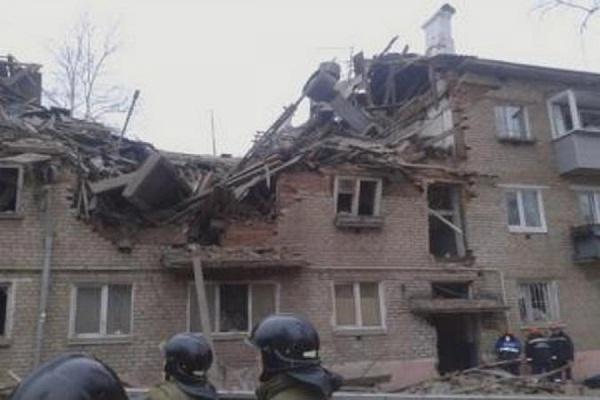 В Тюмени обвалилась часть жилого дома