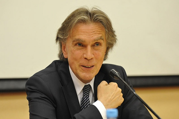«Это будет диалог в искусстве». Австрийский посол в РФ Эмиль Брикс рассказал о планах на Уральскую Биеннале