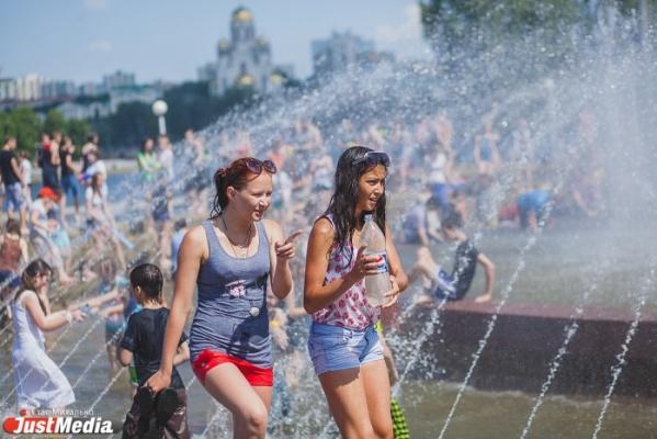 Екатеринбуржцев ждет тридцатиградусная жара, но возможны дожди