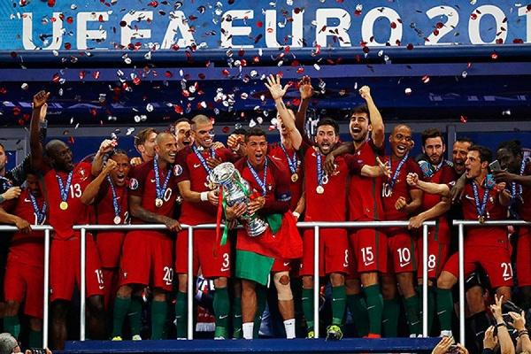 Слезы Роналду и всей Франции. Португалия выиграла ЕВРО-2016