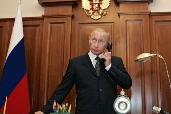 Путин поговорил по телефону с Олландом и Меркель