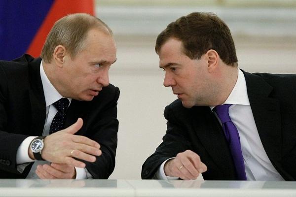 Путин предложил подумать над мерами в связи с укреплением рубля