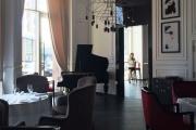 «Здоровая еда и пафосный дизайн»: ЮСТА открывает в «Тихвине» второе концепутальное кафе