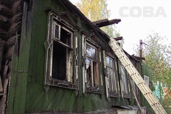 На Ольховской сгорел одноэтажный барак