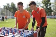 Игроки «Урала» готовятся сразится с болельщиками в настольный футбол