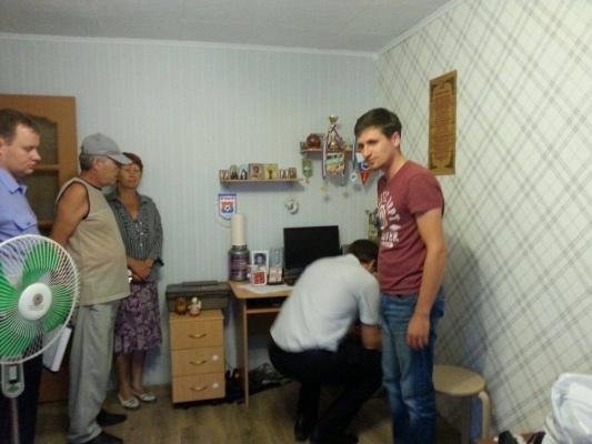 В квартире главреда тагильского агентства новостей «Между строк» проходят обыски