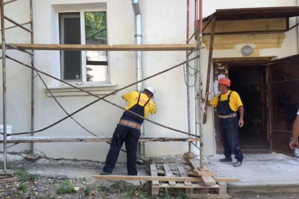 В Екатеринбурге комплексный ремонт полностью завершен в 40 многоквартирных домах