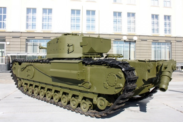 В музей военной техники УГМК прибыли боевые «англичане»
