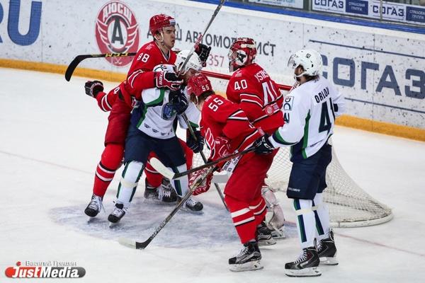 Хорошее начало! «Автомобилист» стартовал в новом сезоне КХЛ с победы над «Сибирью»