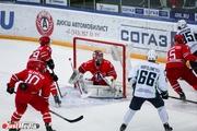 Нижнетагильский «Спутник» заявил в состав команды девять хоккеистов «Автомобилиста»