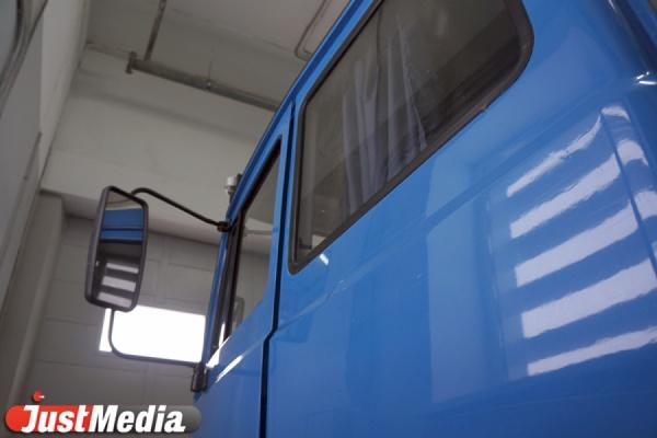 Инспекторы ГИБДД выявили более тысячи неисправных грузовиков в Свердловской области