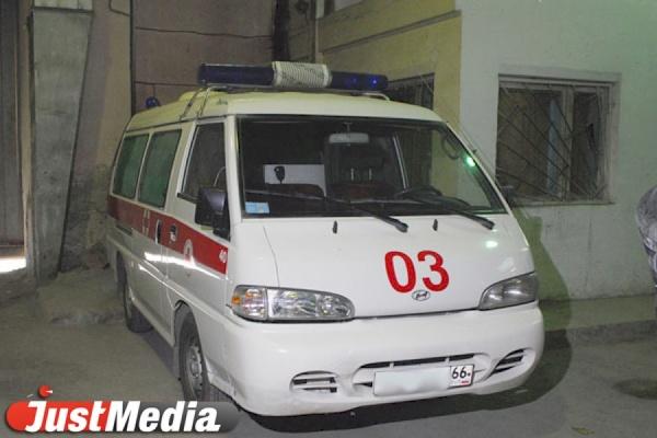 Два человека пострадали в столкновении иномарки и «Лады» на ЕКАДе