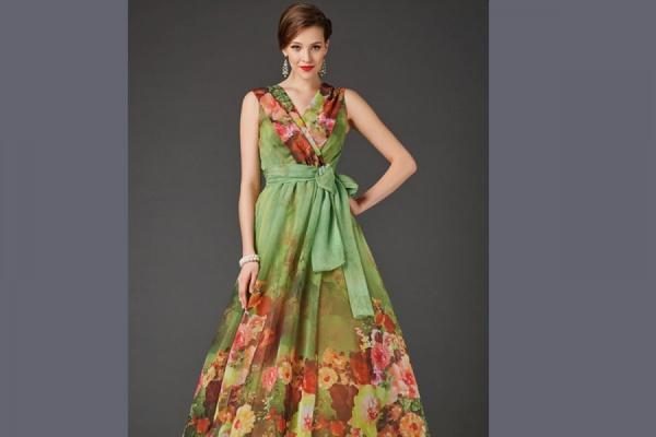 Купить платье: женская одежда вошла в список самых продаваемых товаров