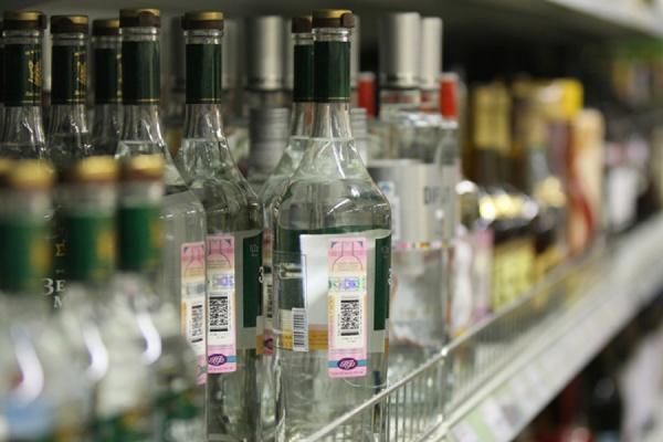 Минфин предложил еще раз повысить цены на водку