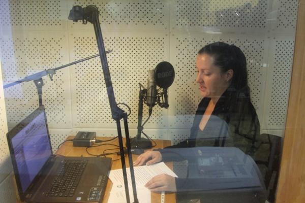 Для слабовидящих свердловчан впервые выпустили избирательные аудиобюллетени