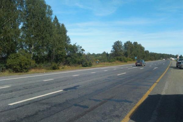 Место ДТП на 33-м км автодороги Екатеринбург—Тюмень