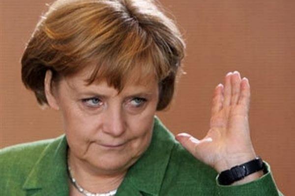 Партия Меркель заняла третье место на региональных выборах