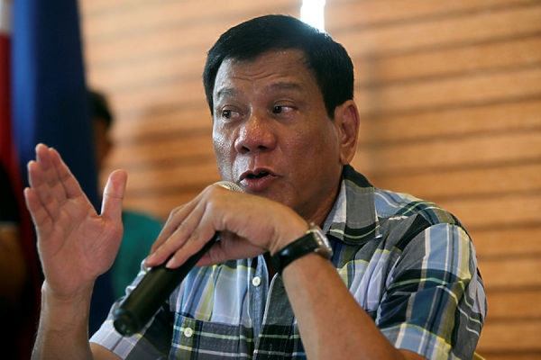 Обама решил не встречаться с оскорбившим его президентом Филиппин