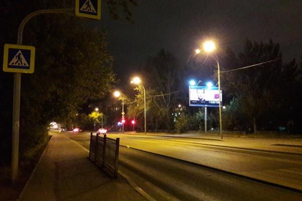 В Екатеринбурге неизвестный водитель сбил двух пешеходов и скрылся