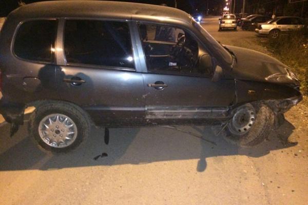 Пьяная автоледи с ребенком-пассажиром спровоцировала серьезное ДТП в Карпинске