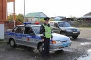 Инспекторы ГИБДД Новой Ляли помогли водителю, чей автомобиль сломался на трассе