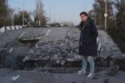 В Сеть попал фильм об уральском режиссере и его спектакле, поставленном в осажденном Донецке. ВИДЕО