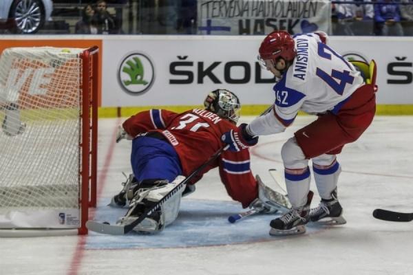 Сборная Канады обыграла россиян вполуфинале Кубка мира похоккею