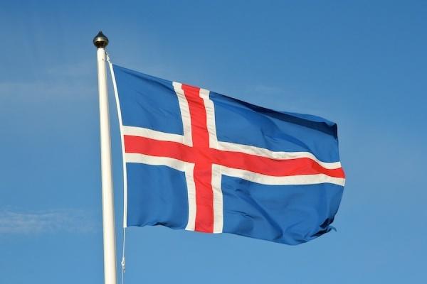 Исландия обвинила ВКС в сближении с гражданским самолетом