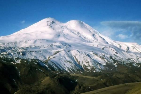 На Эльбрусе спасли пятерых альпинистов