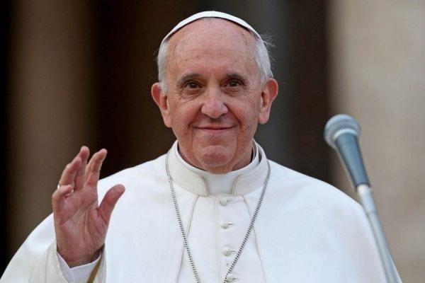 Начался визит вАзербайджан Папы Римского