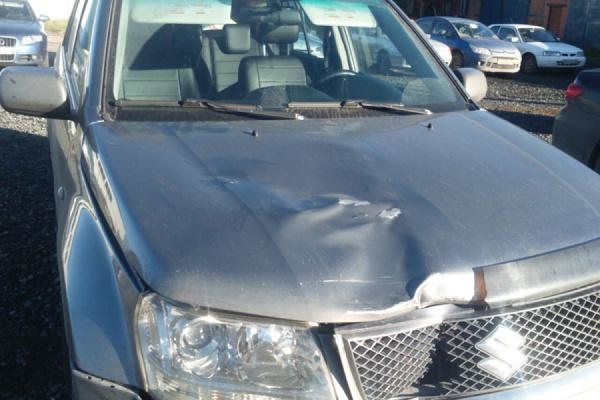 «Высказал претензии по поводу помятого автомобиля и уехал». На Тюменском тракте водитель сбил подростка и скрылся