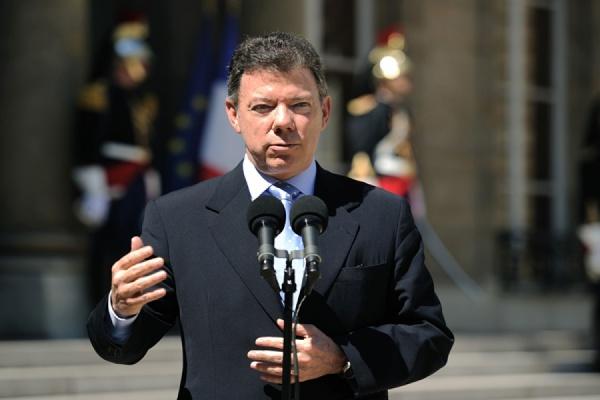 Президент Колумбии признал поражение после референдума о мире с РВСК