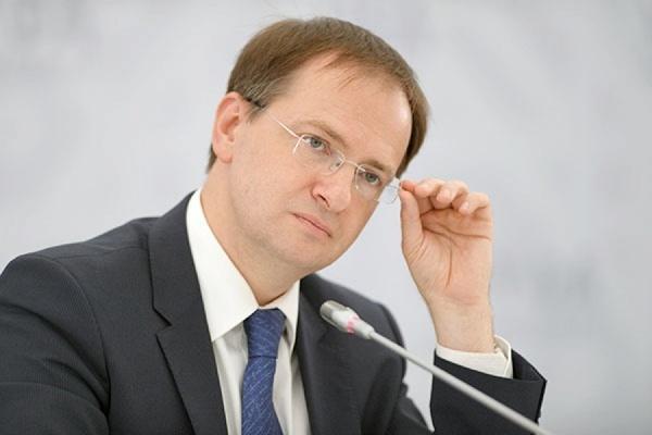 Мединский попросил отложить заседание диссертационного совета, чтобы лично на нем присутствовать