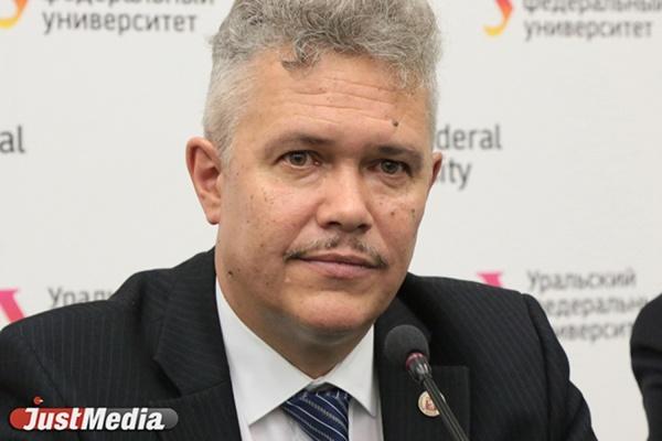 Письмо министра зачитал председатель диссовета Дмитрий Редин.