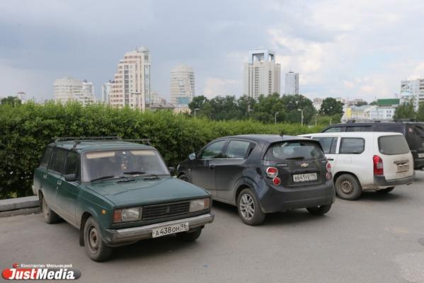 Автомобили россиян могут начинить «черными ящиками»