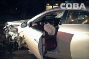 На Щорса Mercedes протаранил такси. Пострадали два пассажира