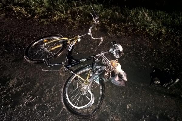 На автодороге под Богдановичем «Ока» столкнулась с велосипедом. Пострадал велосипедист