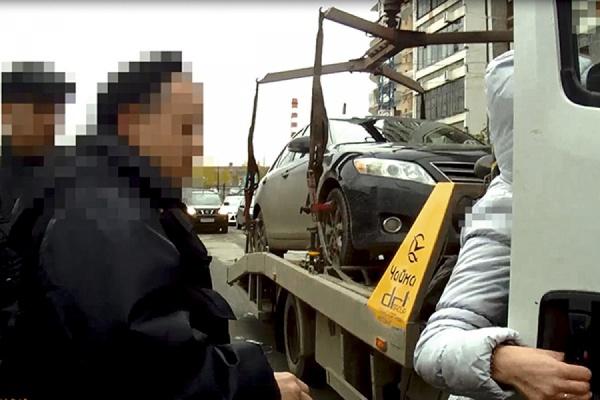 Житель Екатеринбурга лишился автомобиля из-за долгов по кредиту