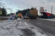 В Николо-Павловском грузовик сбил трех пешеходов