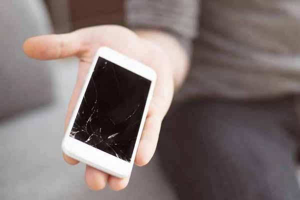 Как я разбил и отремонтировал смартфон в командировке