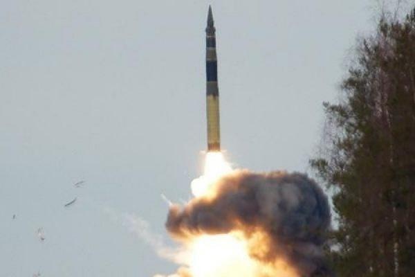 КНДР осуществила неудачный запуск баллистической ракеты