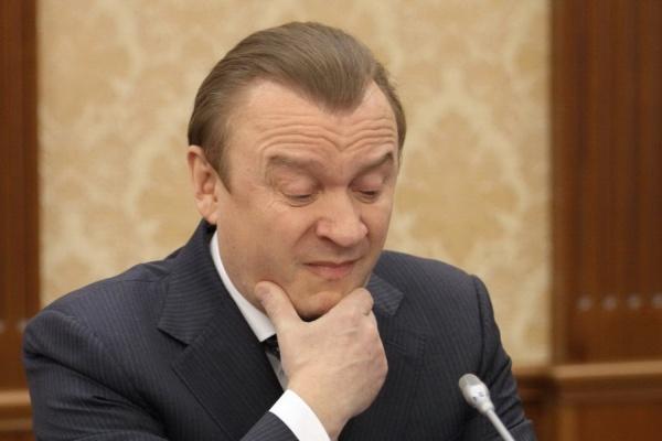 Маслова подвели два загранпаспорта и вид на жительство в Швейцарии. Суд отказался выпускать директора «Корпорации развития» под залог