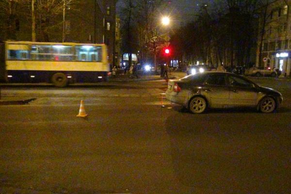 ВЕкатеринбурге автоледи сбила спешившую натрамвай пенсионерку Сегодня в10:41
