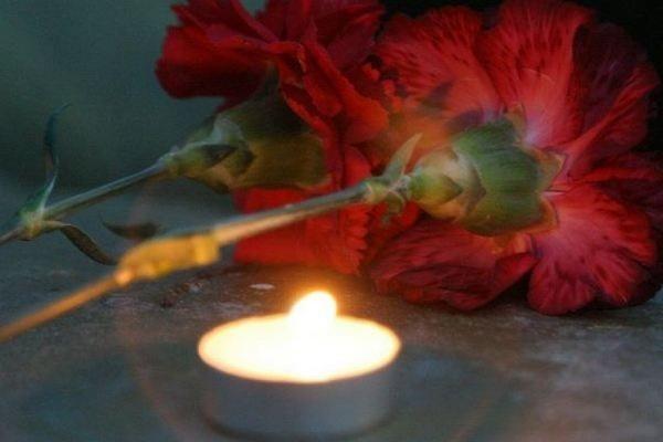 Россияне вспоминают погибших в катастрофе А321 над Синаем