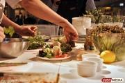 Полукилограммовые порции и вкусные комплименты гостям: в Екатеринбурге открывается новая сеть заведений «Ем и Ем»