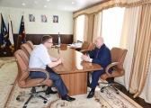 Сергей Новицкий на фото справа. ФОТО: Nakanune.ru