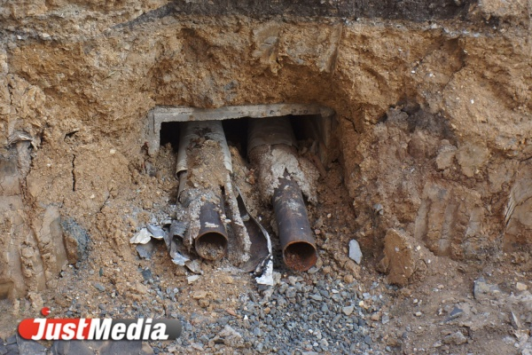 Из-за аварии на сетях Водоканала Пионерский поселок остался без холодной воды