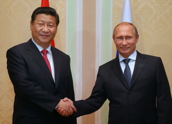Путин провел встречу с Си Цзиньпином