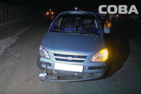 На Дублере Сибирского тракта автоледи на малолитражке сбила насмерть девушку-пешехода