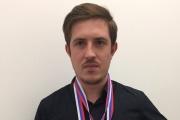 Уральский парикмахер, сделавший стрижку во время полета на воздушном шаре, стал Чемпионом России